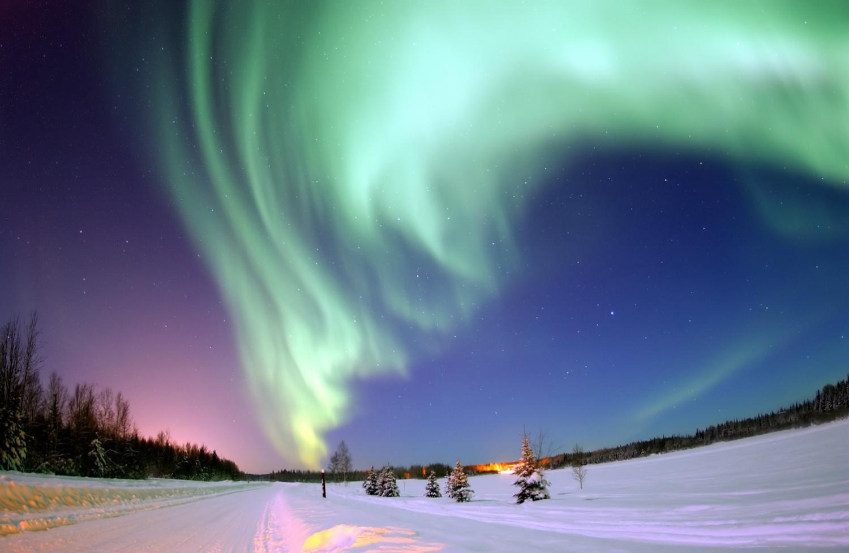 En bild av norrsken med låg komprimering.